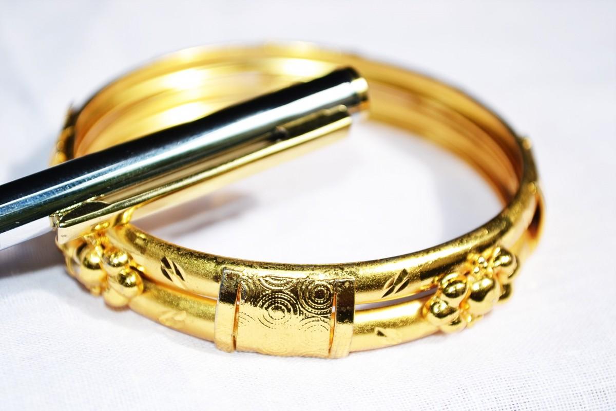 Ciekawa biżuteria z grawerem