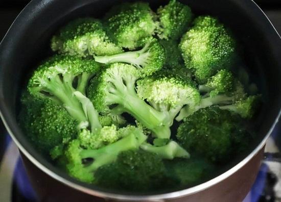 Zdrowe odżywianie – czego nie może zabraknąć w naszej kuchni?